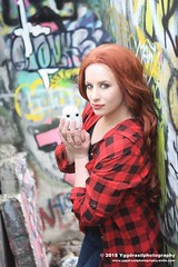 Amy Pond Shoot with Miriam 021