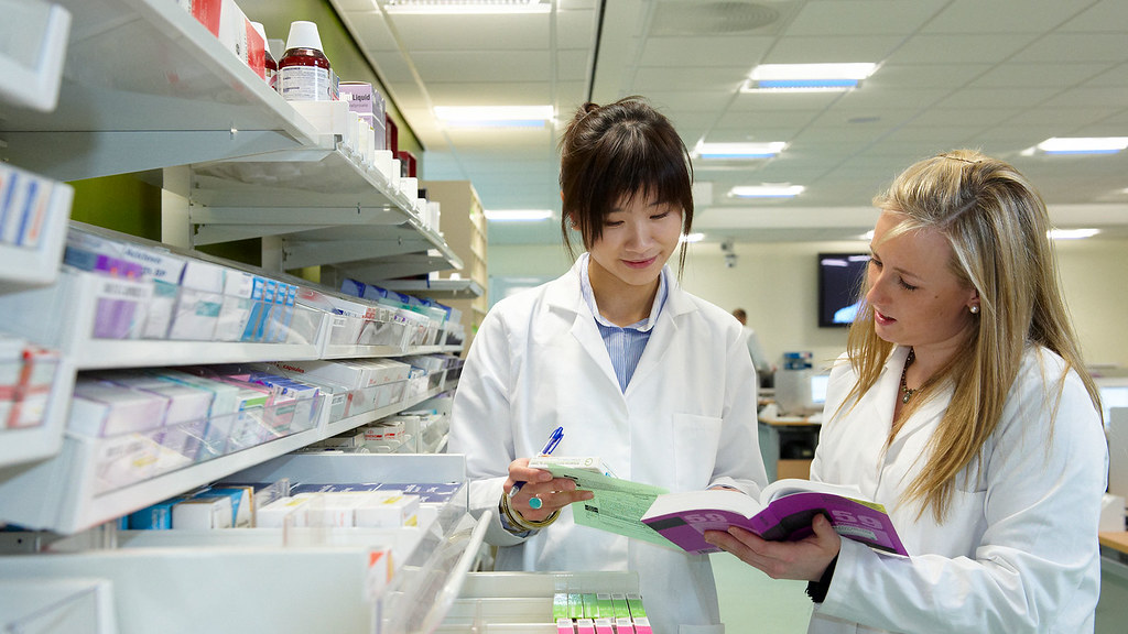 students in the dispensing suite