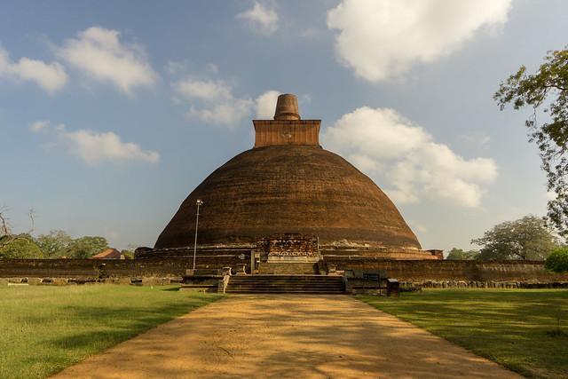 Jetavanaramaya Dagaba