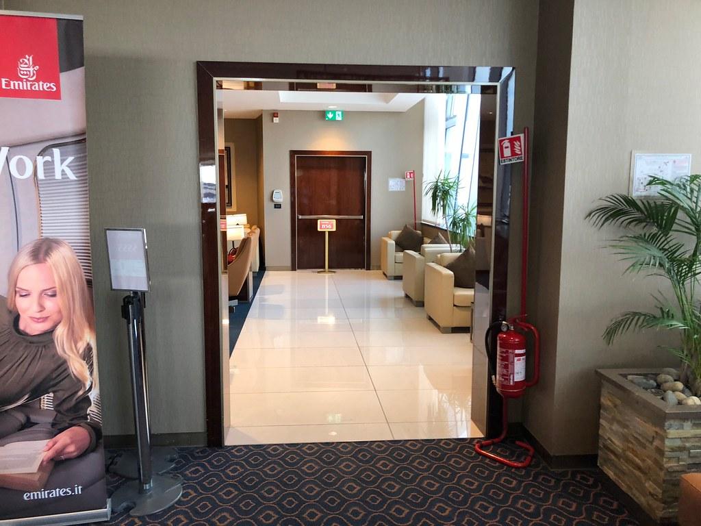 Emirates Lounge Milan MXP 13