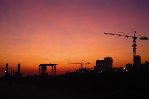 sky india skyline clouds cool construction indian highcontrast cranes bombay maharashtra mumbai constructionsite bandra in anindo bandrareclamation anindoghosh bandraworlisealinkbridge