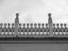 Roof ballustrade