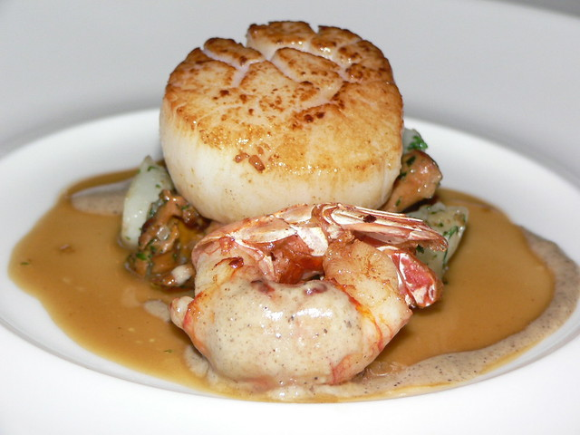 Pan seared scallop and scampy, on a bed of mushrooms and f… | Flickr ...