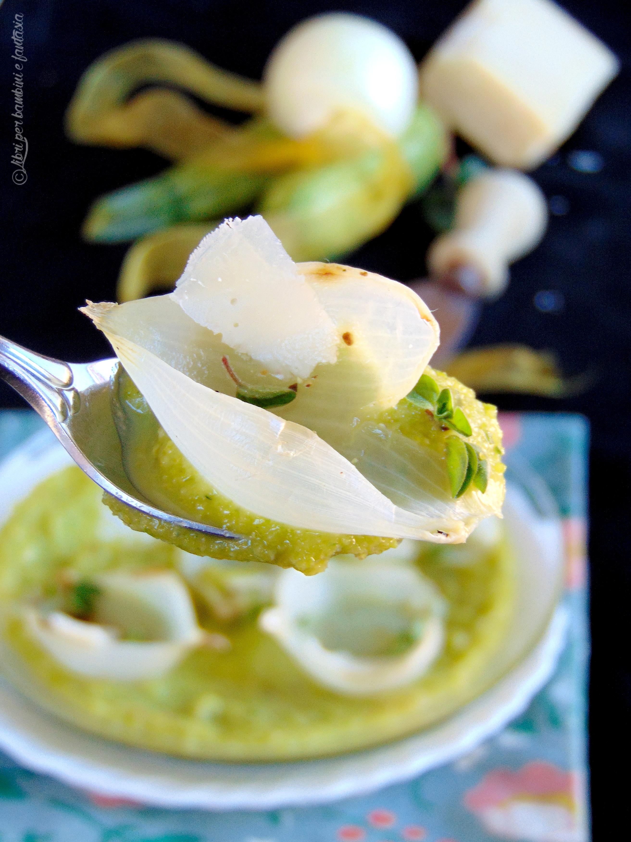 crema di zucchine con cipolle al forno e grana
