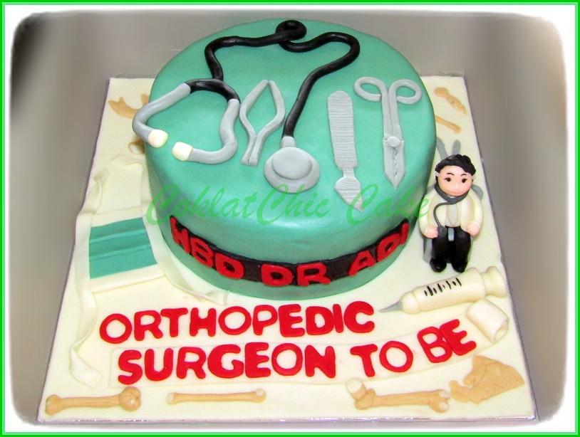 Cake Dokter dr ADI 15 cm