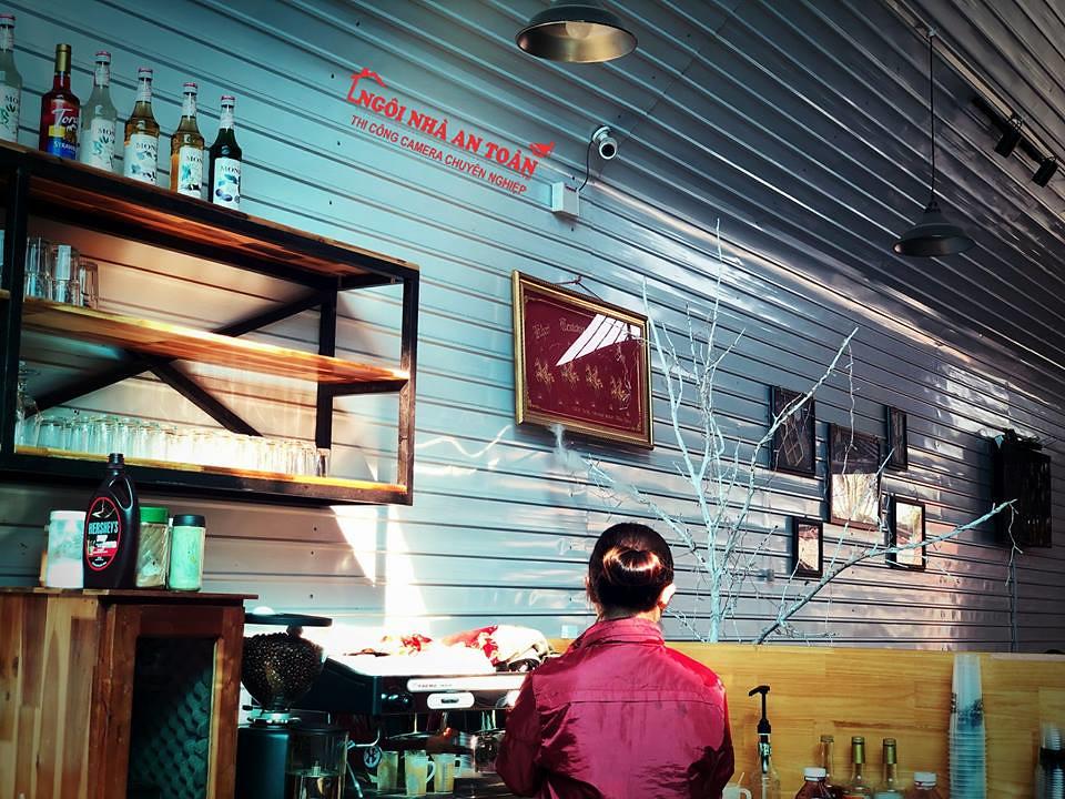 lap-dat-camera-quan-cafe-1