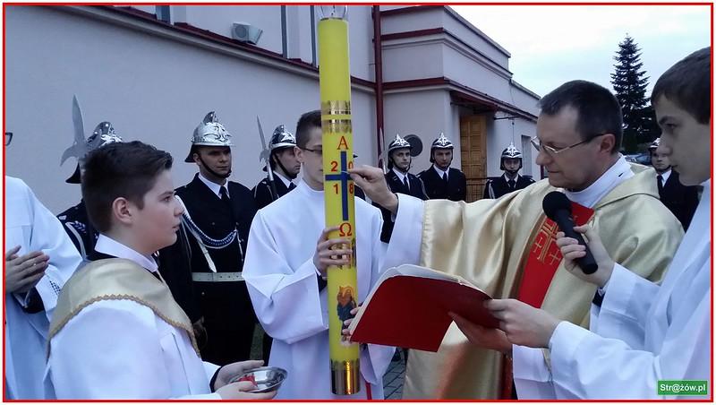 Liturgia Wigilii Paschalnej w Parafii Strażów