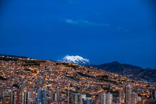 horizon miradorkillikilli sunset overlook bolivia city parquemiradorkillikilli southamerica evening viewpoint dusk illimani sabbatical urban bluehour twilight sky buildings clouds lapaz