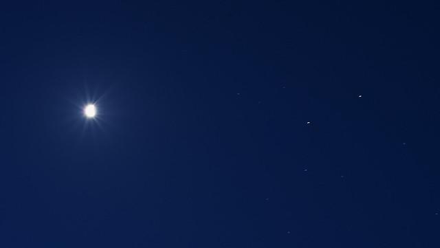 月と火星と土星