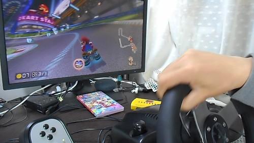 マリオカートをハンコンで遊ぶ