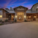 BARN RANCH HOUSE - Website Res. Traditional