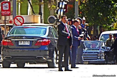 Lexus LS600hL - Santiago, Chile
