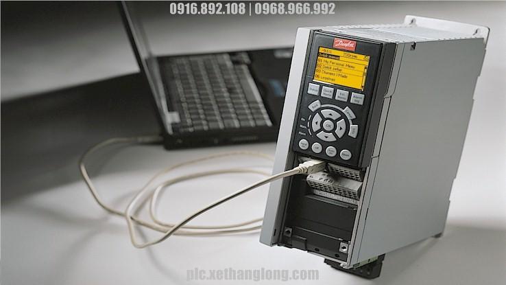 Kết nối biến tần với PC dễ dàng bằng cáp Mini USB thông dụng