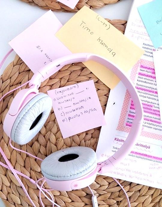 psykologia pääsykoe aineiston äänitys ja kuuntelu
