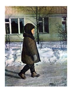 57 мальчик в зимней одежде