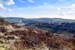 Scammonden Bridge 作者 rustyruth1959