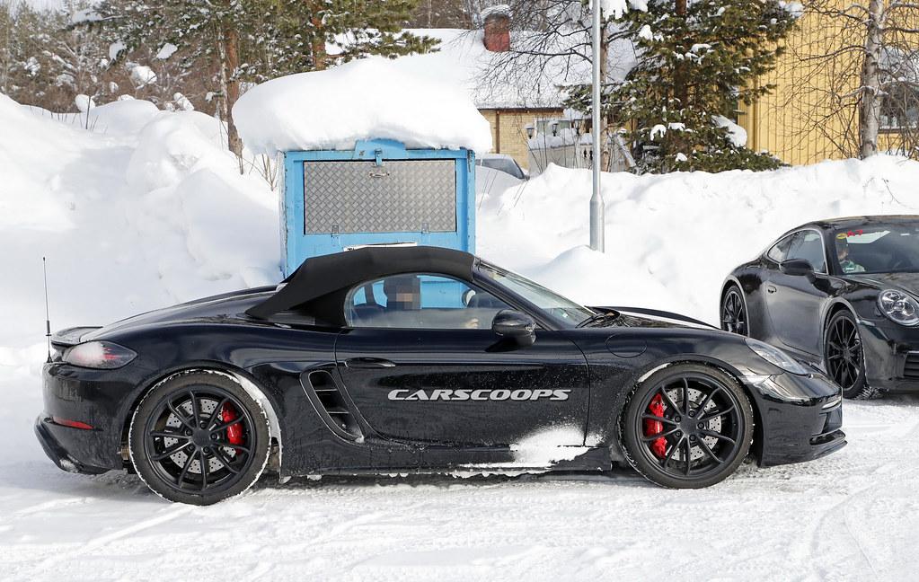 Porsche-Boxster-Spyder-19