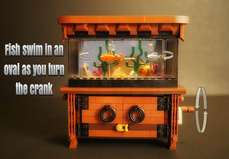 Lego Clockwork Aquarium - Swimming Fish