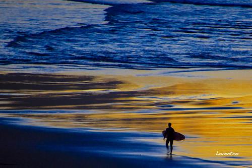 Anochecer de hoy en la playa de Zarautz