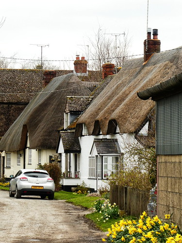 Wiltshire - Easton Royal - thatched cottages