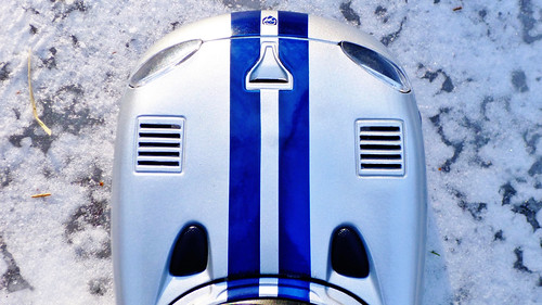 Dodge Viper GTS Silver With Shiny Blue Stripes And Snow