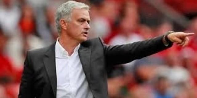 Jose Mourinho Lebih Suka Aaron Ramsey Dibanding Paul Pogba
