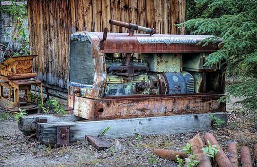 Old Gold Field Generator