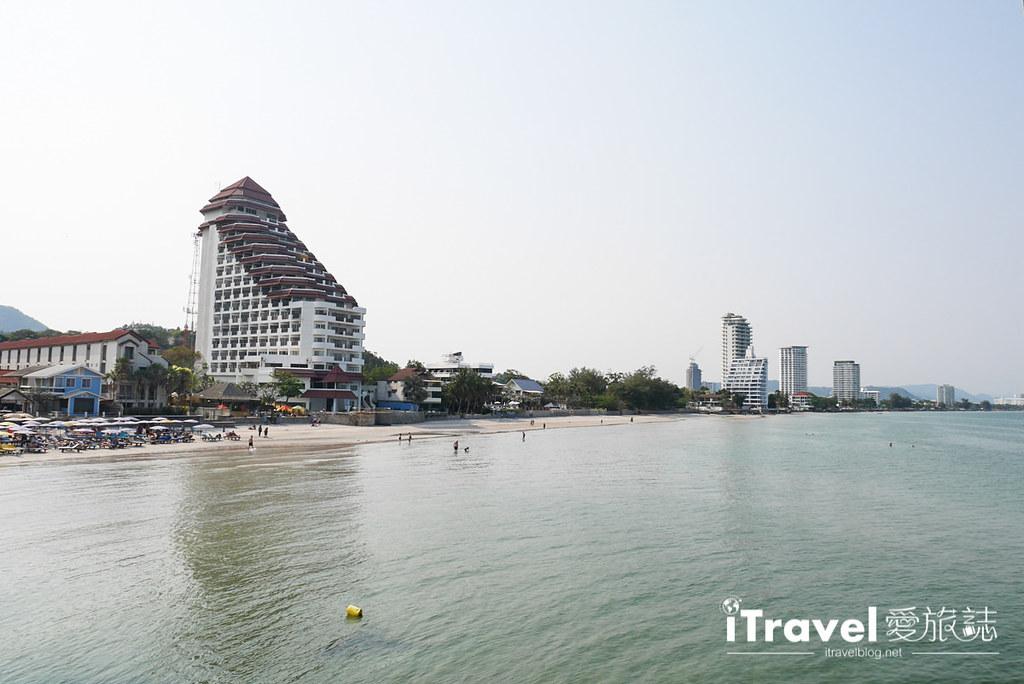 华欣景点推荐 筷子山海滩Khao Takiab beach (16)
