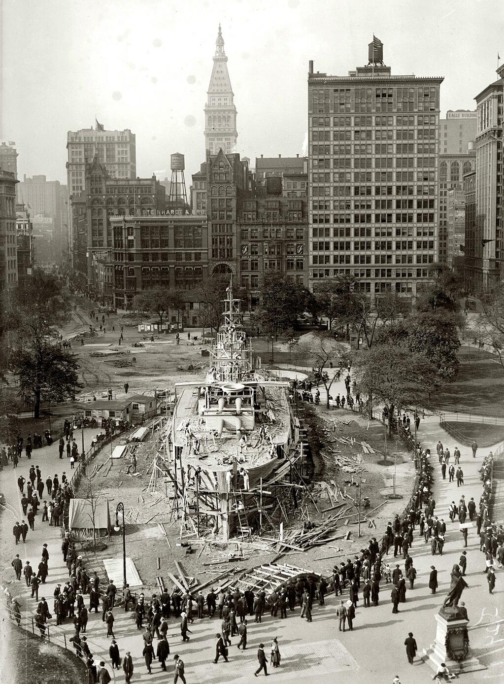 Here's a Navy battleship World War I recruiting station being built on Union Square NYC, 1917