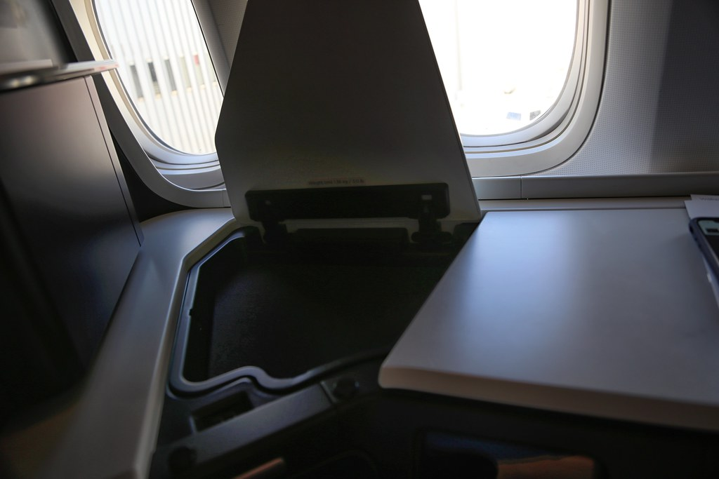 Virgin Australia business class 34
