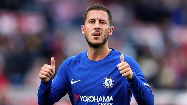 Eden Hazard Menjadi Pemain Belakang