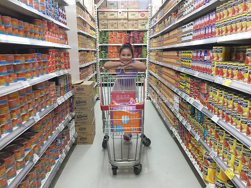 Super8 Grocery Warehouse