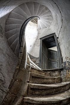 old stairs | by igigi01