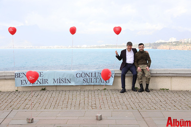 Antalya Büyükşehir Belediyesi sürpriz evlilik teklifi- Menderes Türel