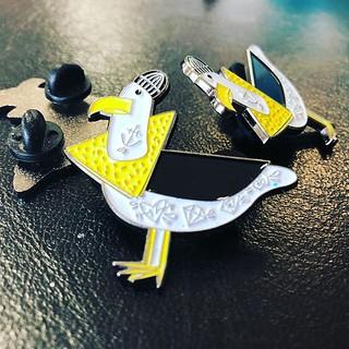 Les magnifiques Pin's « dessine moi la Bretagne » de @dame_loky ! Un bijou !!