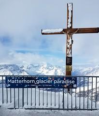 Klein Matterhorn 3883 mslm Matterhorn glacier paradise  #zermatt #zermattmatterhorn #matterhorn #kleinmatterhorn #PiccoloCervino #svizzera #swizzerland #neve #snow #ski  #montagna #mountain #MatterhornGlacierParadise