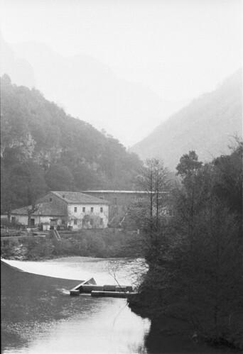 Vista del río Cares desde Casa Julián, solera del salmón