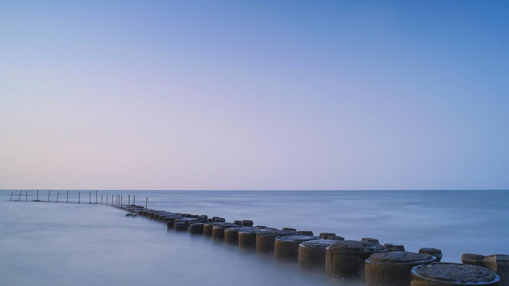 新竹新豊の海岸風景
