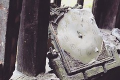 爆發定格(晚上12時05分) 【浪遊旅人】http://ift.tt/1zmJ36B #backpackerjim #jeep #lava #adventure #merapi #mountain #volcano #museum #sisahartaku #gunungmerapi #yogyakarta #indonesia