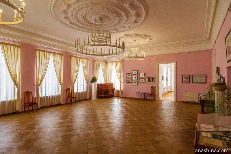 Зал, усадьба Гончаровых, Полотняный Завод