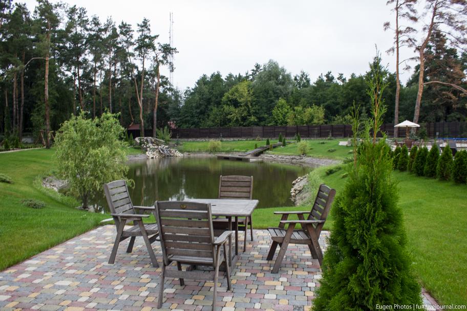 Романковская усадьба: озеро