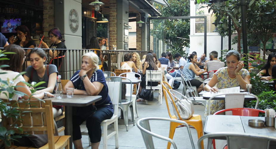Onbekende bezienswaardigheden in Istanbul: Istanbul Cihangir, restaurant Otto | Mooistestedentrips.nl