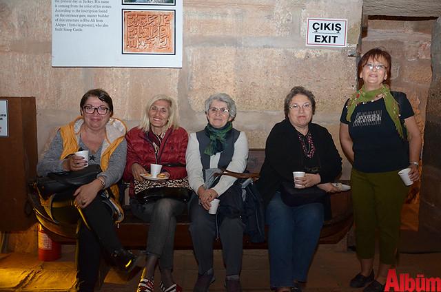 Alanya Kent Konseyi Kızılkule Sille Sanat Sarayı üyeleri fotoğraf sergisi -12