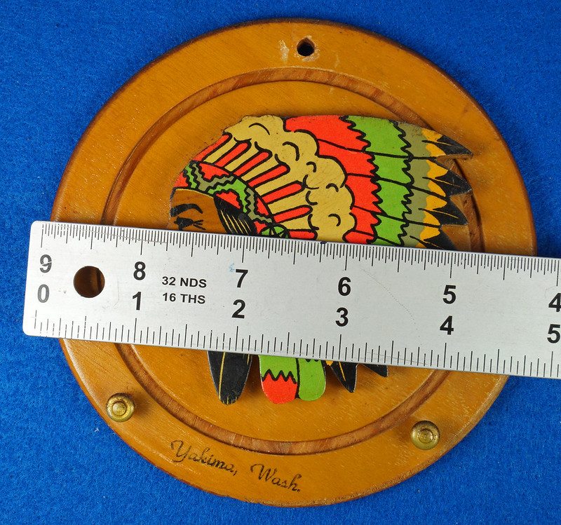 RD20612 Vintage Indian Chief Wall Hanging Wood Plaque Yakima, Wash. Souvenir DSC05093