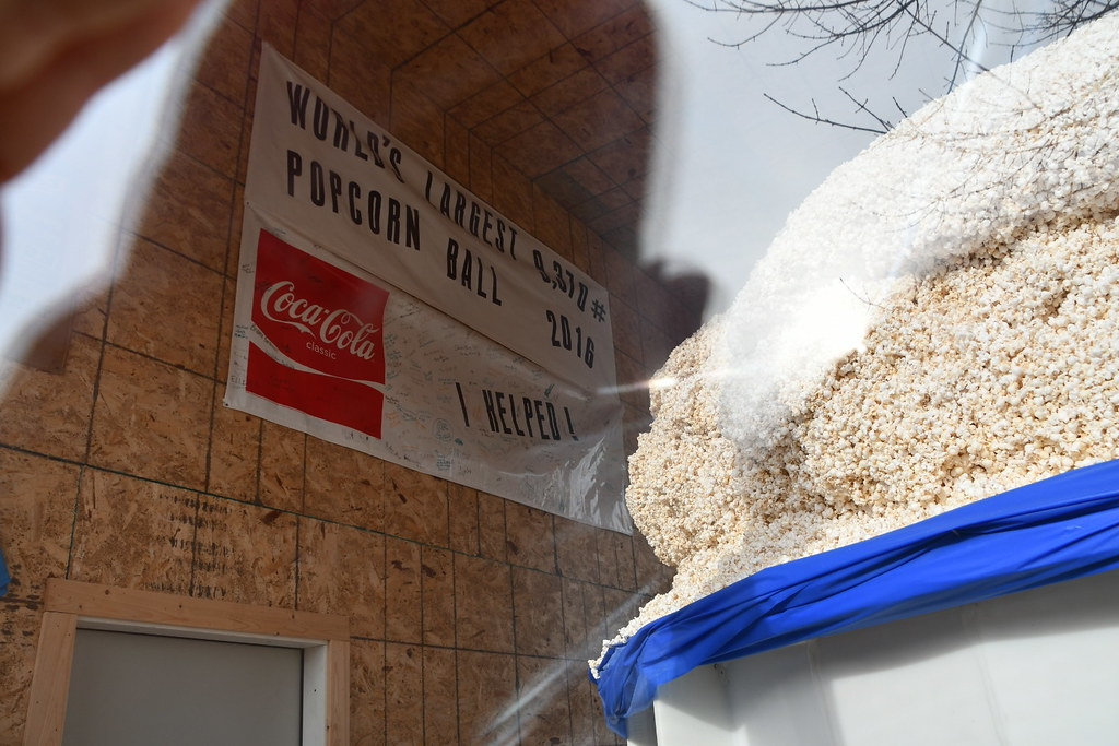 World's Largest Popcorn Ball, Sac City, IA