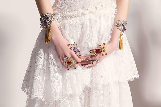 vestidos-de-novia-paris-fashion-week-desfiles-petit-pleasures