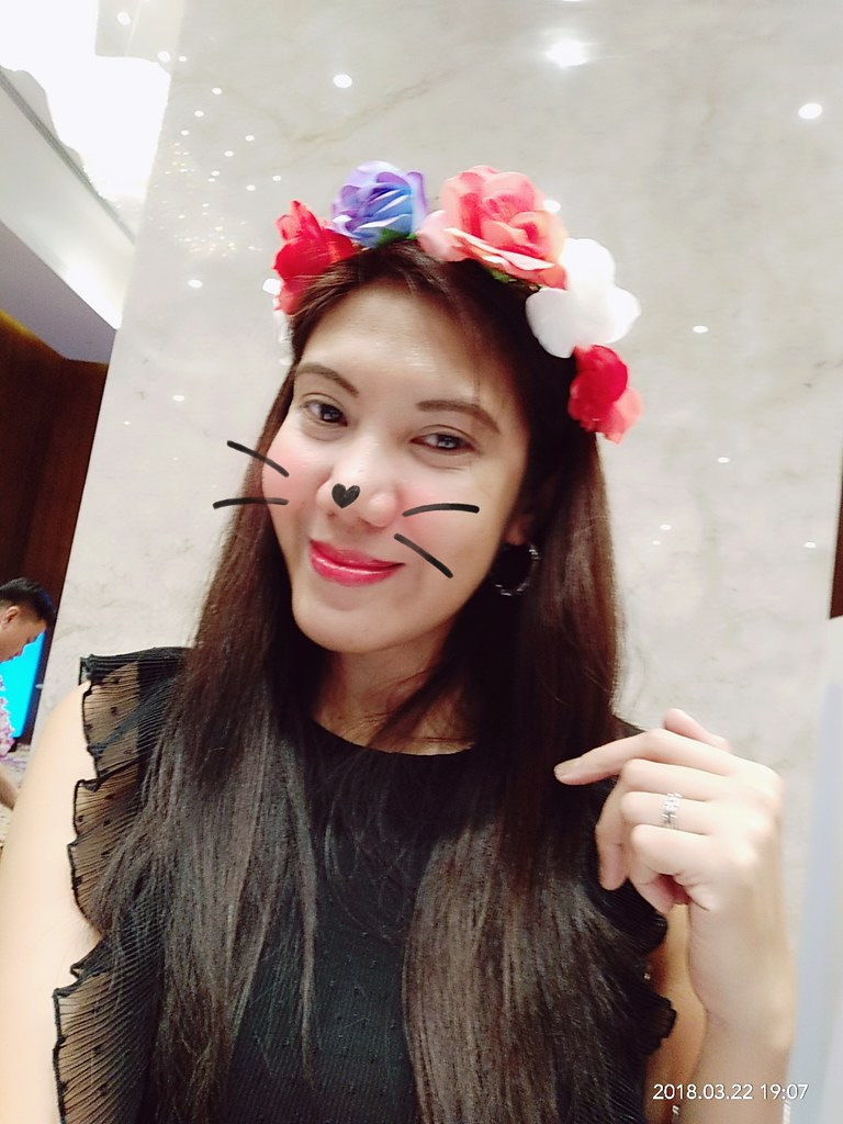 Fave Feature of Vivo V9 Phone AR Stickers