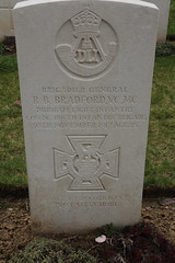 HERMIES BRITISH CEMETERY. - Photo of Ytres