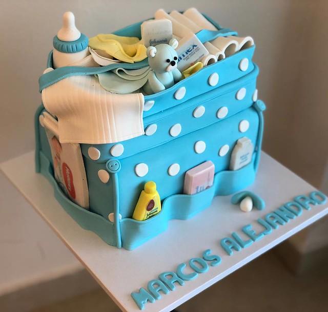 Cake by Dulcia
