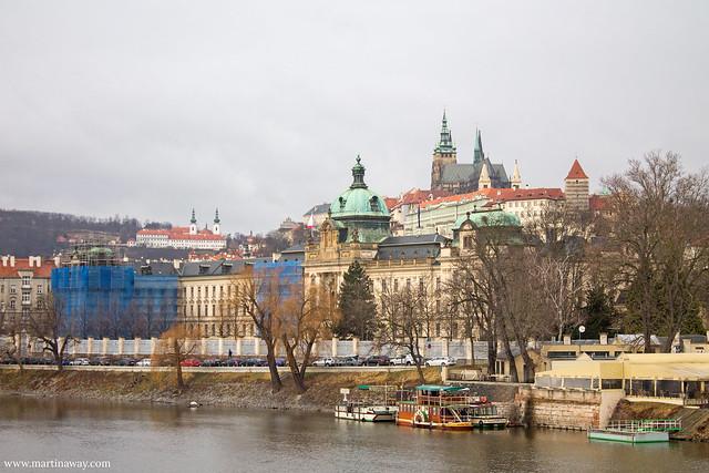 Castello di Praga lungo la Moldava